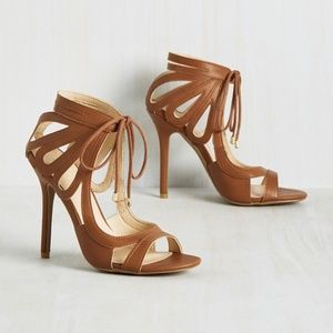 """Modcloth """"My Loops are Sealed Heel"""" in Whiskey"""
